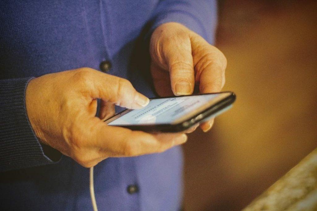 best cell phone plan for seniors